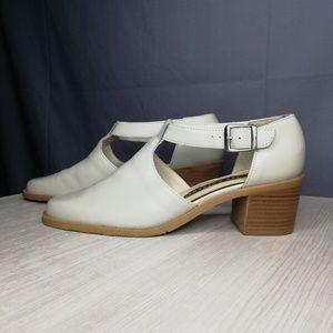 REDUCED$! Hillard & Hanson vintage t-strap shoes